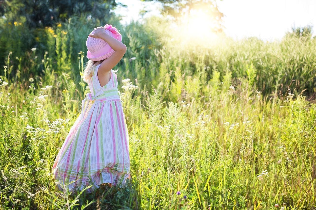 Как научить одеваться самому  ребенка от двух до трех лет