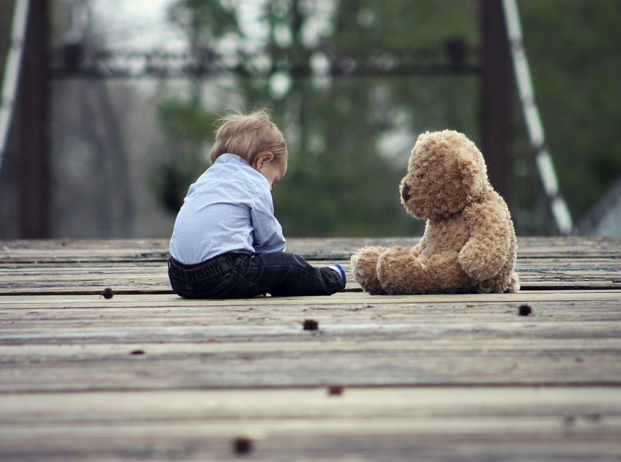 Физическое развитие ребенка  от шести до десяти месяцев