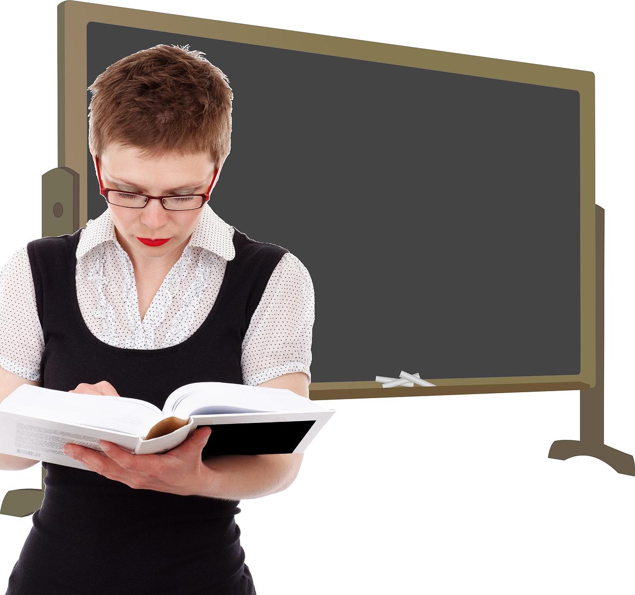Школьная форма для девочек: начинается подготовка к школе