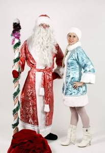 Артисты - Дед Мороз и Снегурочка