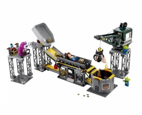 Лего - Спасение из Мусороуплотнителя
