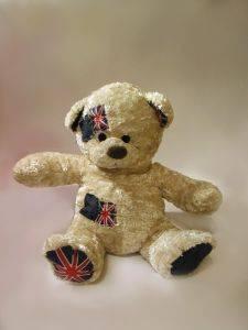 Медведь с английским флоагом